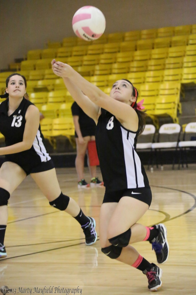 Caydence Sisneros goes wide for the ball during the JV game.