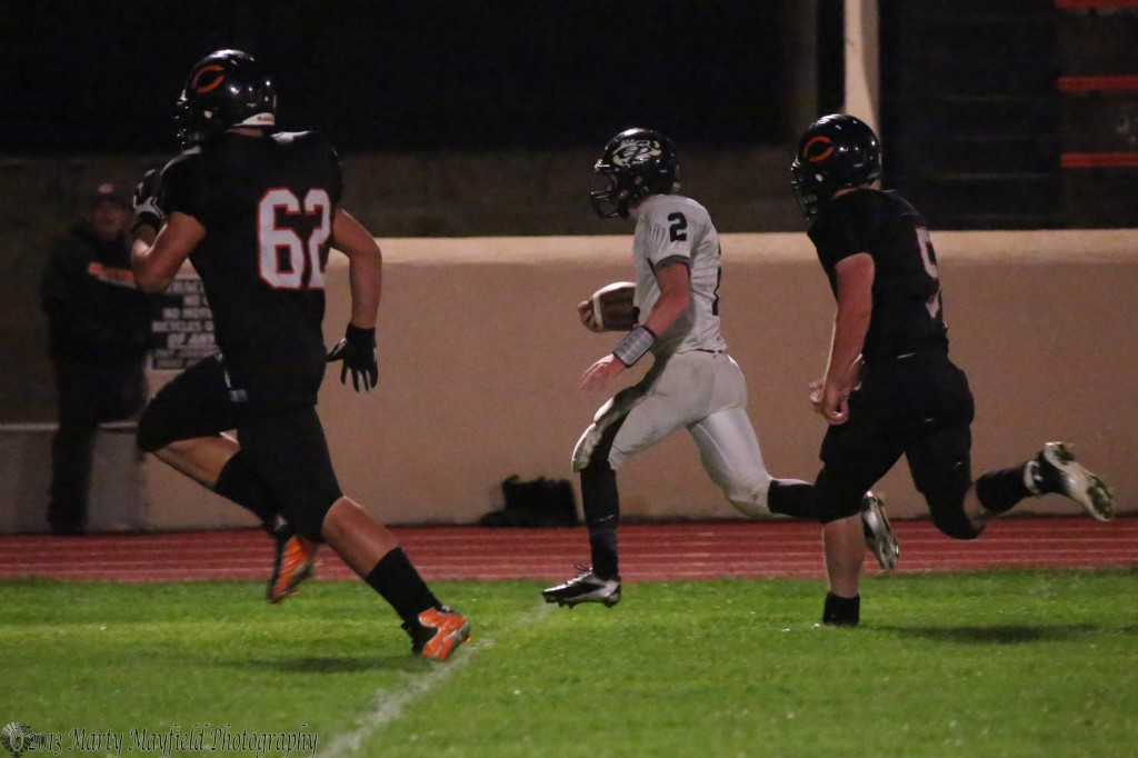 Toby Henson flying down the sidelines puts together a 25 plus yard run one of so few Friday night