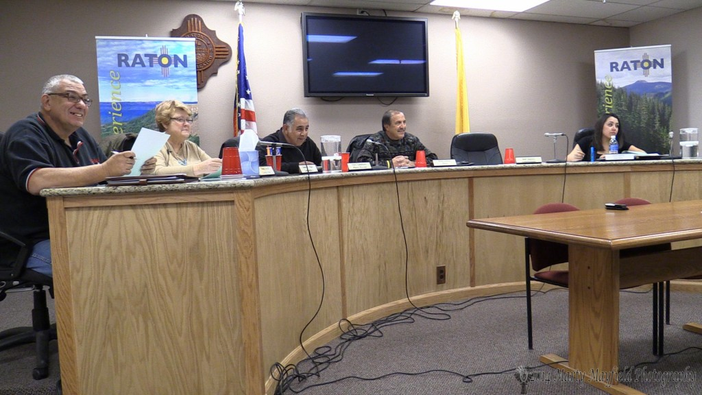 Commissioners approve the request for a liquor license for Rincon Nortena.