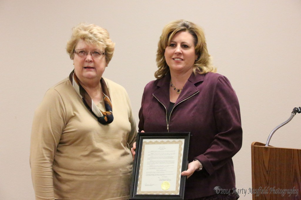 Michael Ann Antenucci accepted the proclamation from Commissioner Sandy Mantz for Women's History Month. The proclamation recognizes the historic contributions the American woman has made has made in the history of this country.