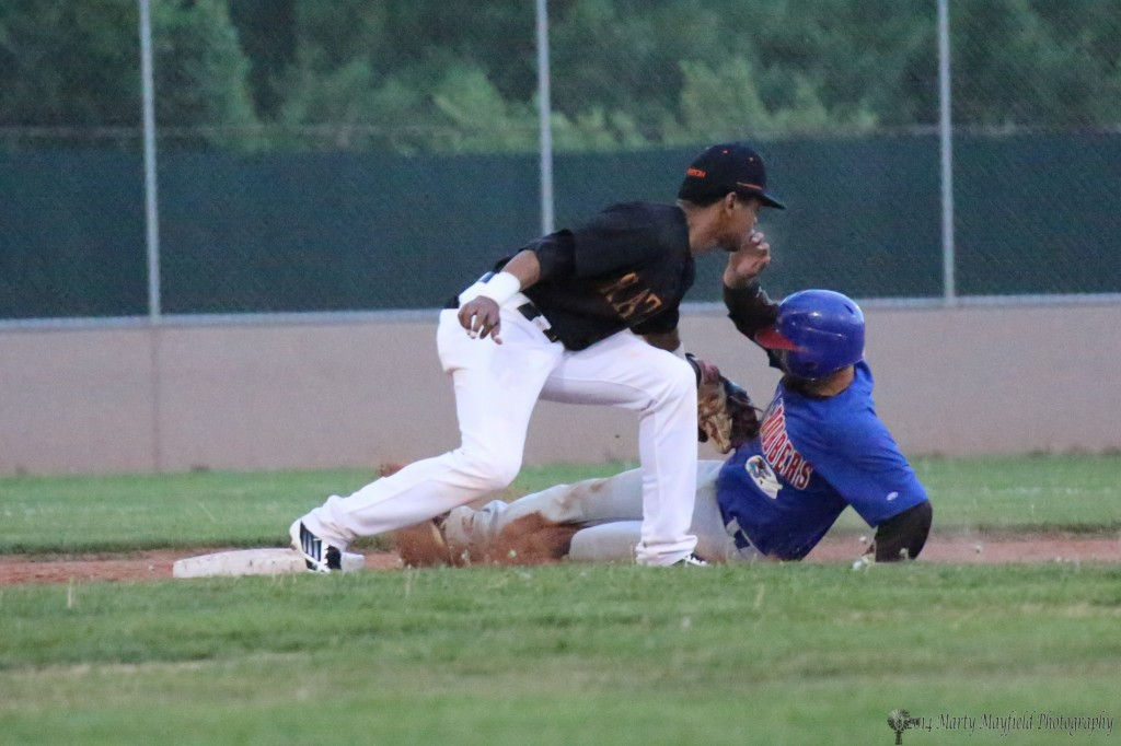 Out at second as the Osos continued to hold the Train Robbers at bay and away from home plate.