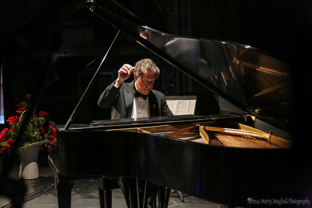 Peter Simon at the keyboard of the Shuler Theater Steinway