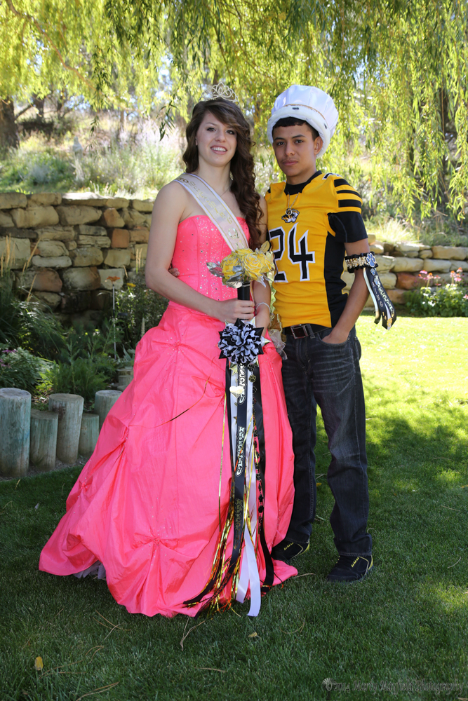 Homecoming King Oscar Arreola and Queen Kristina Jansen