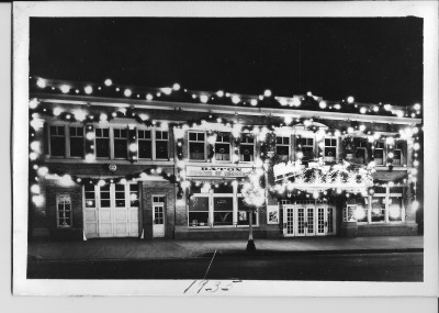 The municipal building as it was decorated in 1935. Municipal offices were on  both sides of the lobby of the Shuler. The chamber of commerce and the fire department  were also in the building.