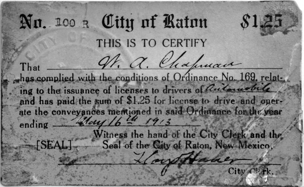 Registration card 100R for Chapmans automobile, which was an electric car of unspecified make.  (The card seen here is from a later renewal.)  Joanna Wood Ray photo.