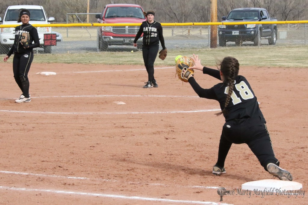 This time its straight into the mitt as Halle Medina catches the throw from Jadyn Walton at third for the out.