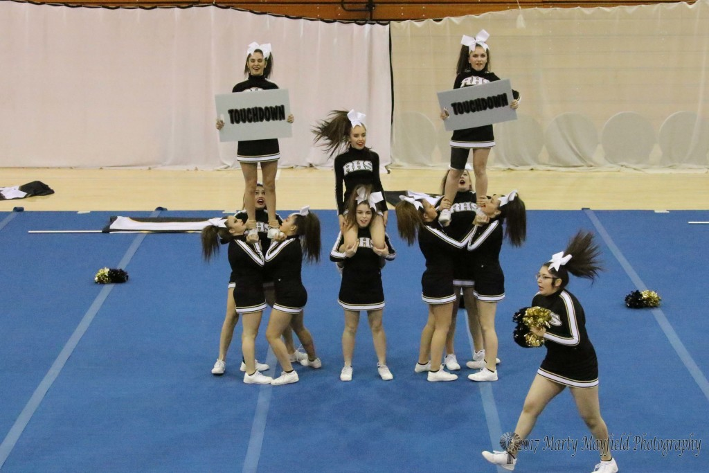 Cheer St Preview 3-21-17-1385