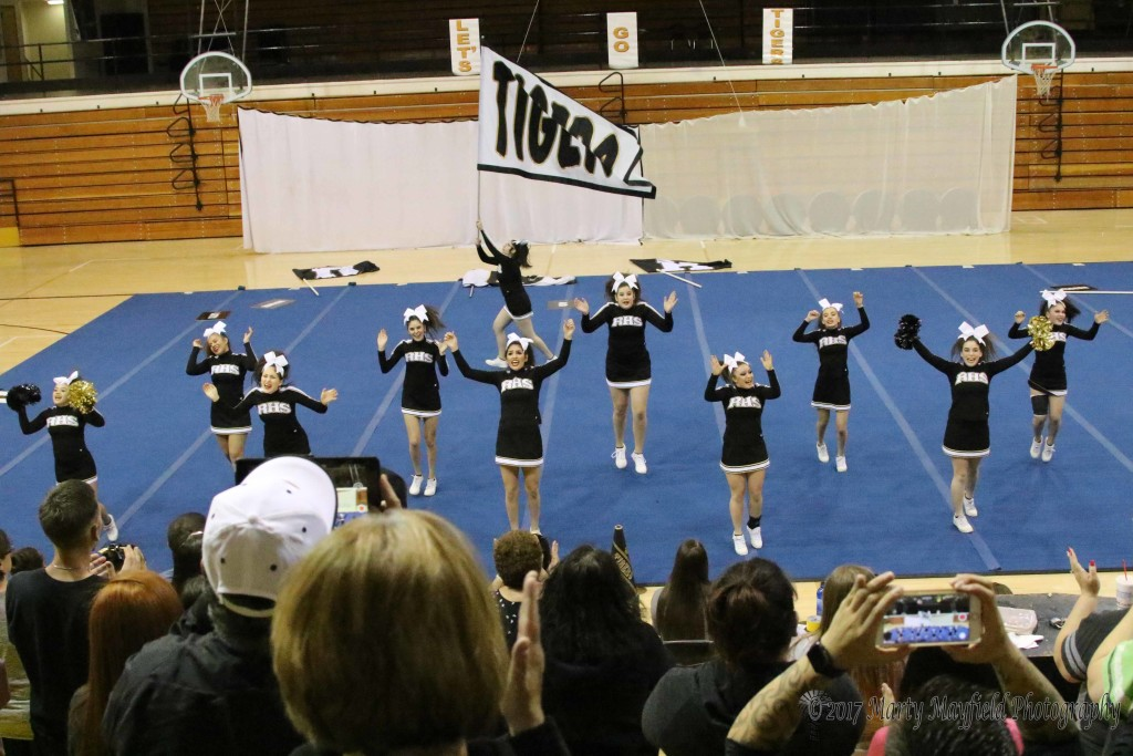 Cheer St Preview 3-21-17-1393
