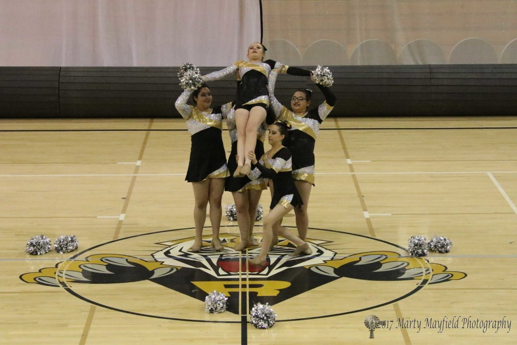 RHS TigerCats Dance team Pom routine