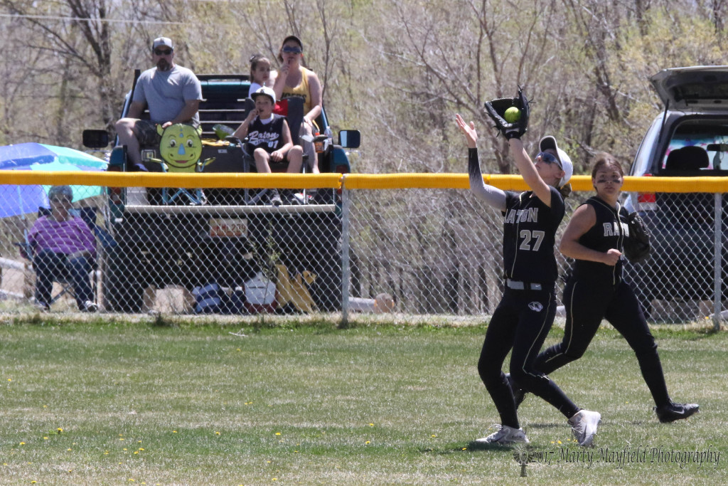 Its another Camryn Mileta catch in center field for the out.