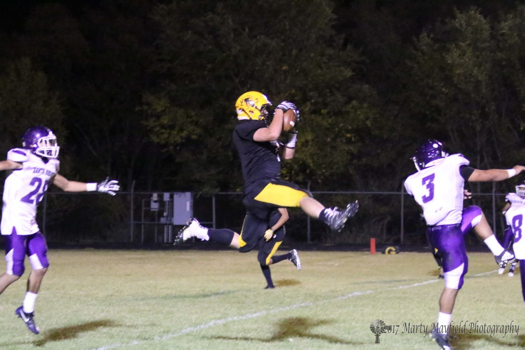 This catch by Nathaniel Tarbox gets Raton into the red zone but once again the Tigers will not make it in for the score.